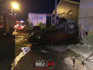 accident-1-Mai-masina-rasturnata-1